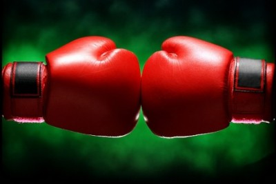 boxing-gloves-fight-463px-istock